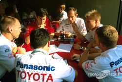 Technical briefing for Mika Salo