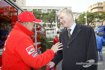 Corrado Provera shakes hands with Max Mosley