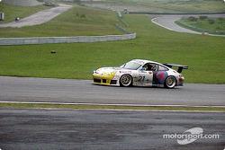 Porsche in Orange's Corner