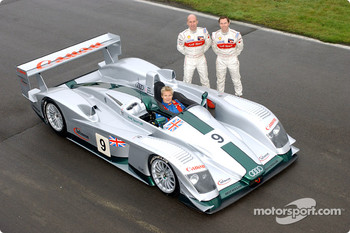 Mika Salo (in the cockpit of the Audi R8), Perry McCarthy and Jonny Kane (right)