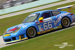 #66 The Racers Group Porsche GT3 RS: Kevin Buckler, R.J. Valentine