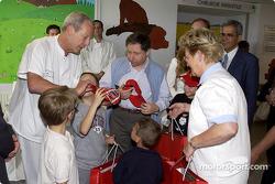 Jean Todt visits Archet 2 hospital