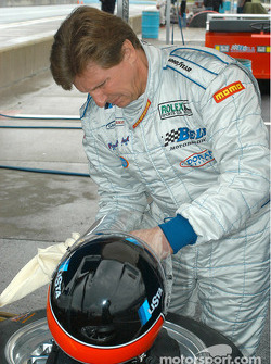 Didier Theys adjusts his helmet