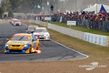 Dean Canto leads Garth Tander and Simon Wills
