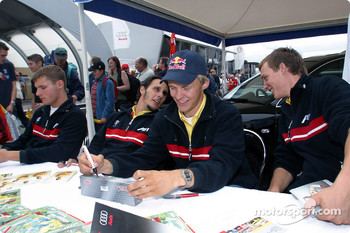 Autograph session: Martin Tomczyk, Laurent Aiello, Mattias Ekström and Peter Terting