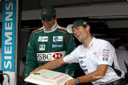 Justin Wilson celebrates birthday with Mark Webber