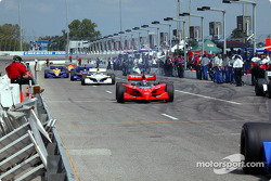 Cars head down pitlane for practice session start