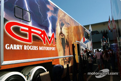 Holden fans get a tour of the Garry Rogers Motorsport transporter