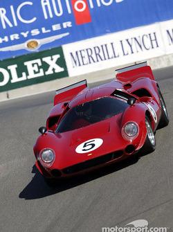#5 1967 Lola T-70 GT