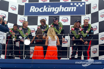 Podium: champagne for Patrick Friesacher, Teddy Sheringham, Jos Verstappen, Jay Kay, Gianmaria Bruni and Justin Hawkins