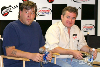This event feature special pre-race trackside concerts by several rock groups  Joe Nemechek with Uncle Kracker