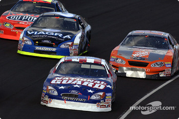 Todd Bodine leads Tony Stewart, Mark Martin and Jeff Gordon