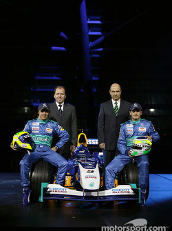 Felipe Massa, Willy Rampf, Giancarlo Fisichella and Peter Sauber with the new Sauber Petronas C23