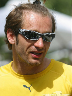 Jarno Trulli tries a new hairstyle