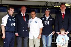King Juan Carlos visits Juan Pablo Montoya and Ralf Schumacher