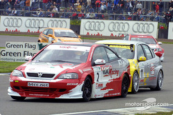 James Thompson fends off Jason Plato