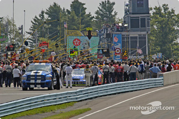 Pit lane during the ceremonies