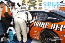 Tony Stewart was ill all race and is being checked