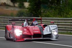 #8 Audi Sport Team Joest Audi R15: André Lotterer, Marcel Fässler, Benoit Tréluyer