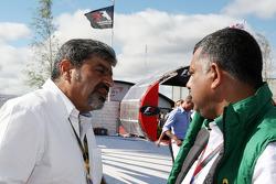 Vicky Chandhok, father of Karun Chandhok, Tony Fernandes, Lotus F1 Team, Team Principal