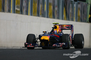 Mark Webber, Red Bull Racing wins the race
