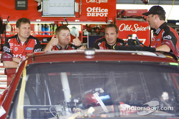 Stewart-Haas Racing Chevrolet team members