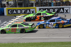 Kyle Busch, Joe Gibbs Racing Toyota, Kurt Busch, Penske Racing Dodge, Mark Martin, Hendrick Motorsports Chevrolet