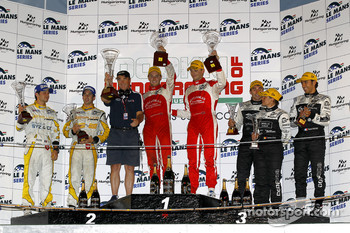 LMP1 podium: class winners Leo Mansell and Greg Mansell with Nigel Mansell, second place Nicolas Prost and Neel Jani, third place Pierre Ragues, Franck Mailleux and Vanina Ickx