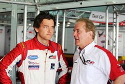 Jolyon Palmer with his father Jonathan Palmer, CEO MotorSport Vision