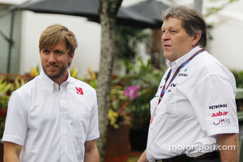 Nick Heidfeld, BMW Sauber F1 Team and Norbert Haug, Mercedes, Motorsport chief