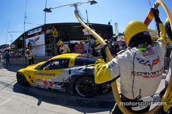 Pit stop for #3 Corvette Racing Chevrolet Corvette ZR1: Olivier Beretta, Johnny O'Connell, Antonio Garcia