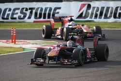 Jaime Alguersuari, Scuderia Toro Rosso leads Sebastien Buemi, Scuderia Toro Rosso