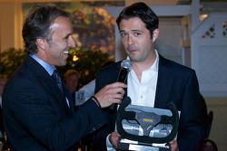Luis Diaz wins the most popular driver award