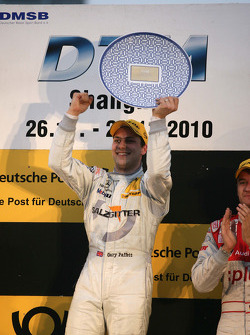 Podium: race winner Gary Paffett, Team HWA AMG Mercedes