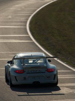 #30 NGT Motorsports Porsche 911 GT3 Cup: Henrique Cisneros, Carlos Eduardo