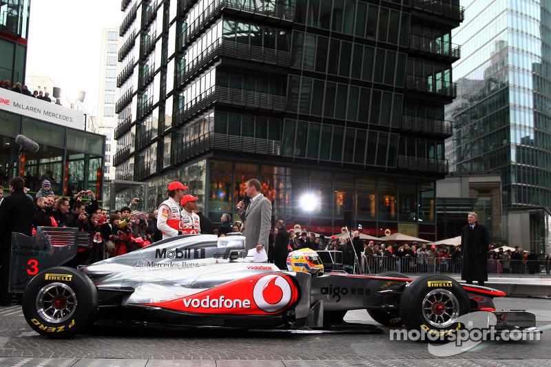 Lewis Hamilton, McLaren Mercedes, Jenson Button, McLaren Mercedes