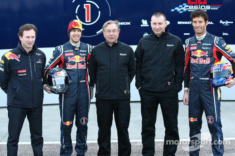 Christian Horner Red Bull Racing Team Principal, Sebastian Vettel Red Bull Racing, Jean-Francois Caubet Renault Head of Communications, Bob Bell and Mark Webber Red Bull Racing