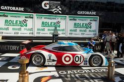 DP victory lane: class and overall winners Joey Hand, Scott Pruett, Graham Rahal and Memo Rojas