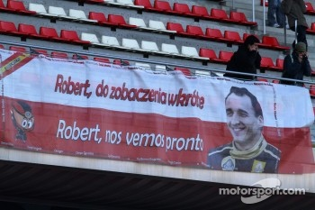 Robert Kubica, Lotus Renault GP fans