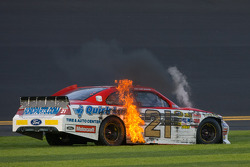 Trevor Bayne, Wood Brothers Racing Ford crashes