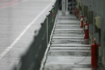 Pitlane atmosphere