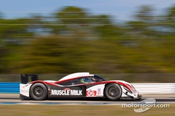 #06 Muscle Milk Aston Martin Racing AMR/Lola Coupe B08/62: Greg Pickett, Klaus Graf, Lucas Luhr
