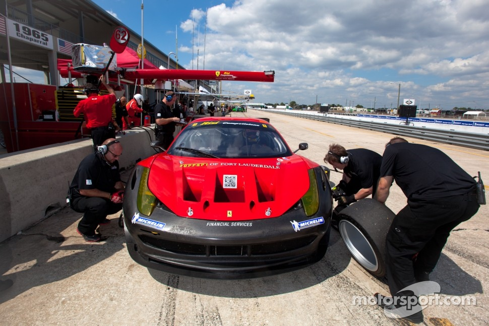 #62 CRS Racing Ferrari F430: Pierre Ehert, Shaun Lynn, Roger Willis