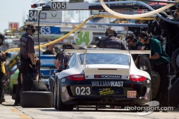 #023 Alex Job Racing Porsche 911 GT3 Cup: Bill Sweedler, Leh Keen, Brian Wong