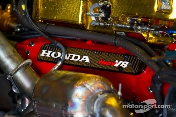 KV Racing Technology-Lotus Honda engine detail