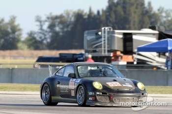 #011 JDX Racing Porsche 911 GT3 Cup: Nick Ham, Scott Blackett, Chris Cumming