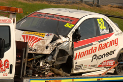 Gordon Shedden's heavily damaged Honda Raing Civic