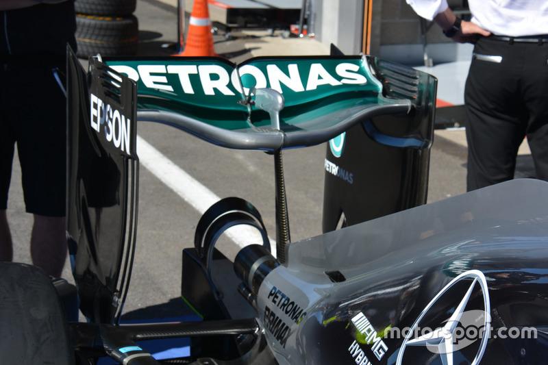 Mercedes F1 W07: Heckflügel