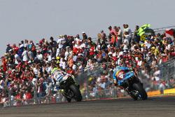Hector Barbera, Avintia Racing; Nicky Hayden, Estrella Galicia 0,0 Marc VDS