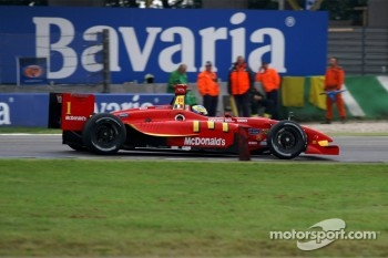 Entering the chicane, Sébastien Bourdais